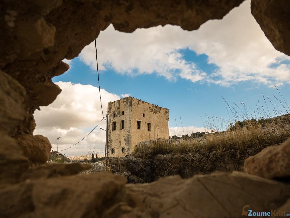 Κρήτη, Μαρουλάς | Το χωριό των πύργων και των αγάδων